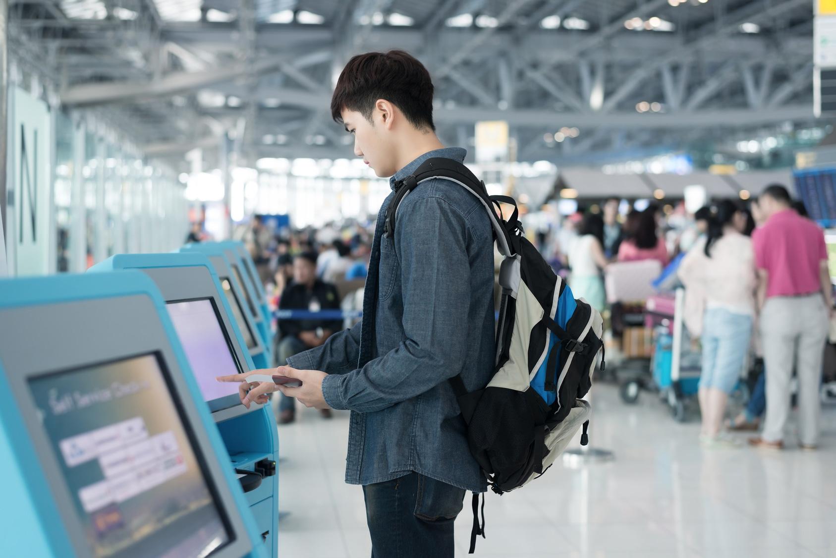 Mit leichtem Gepäck sind die Prozeduren vor dem Flug ein Genuss – aber wehe, es wird schwer oder sperrig, denn dann wird es auch meist teuer.