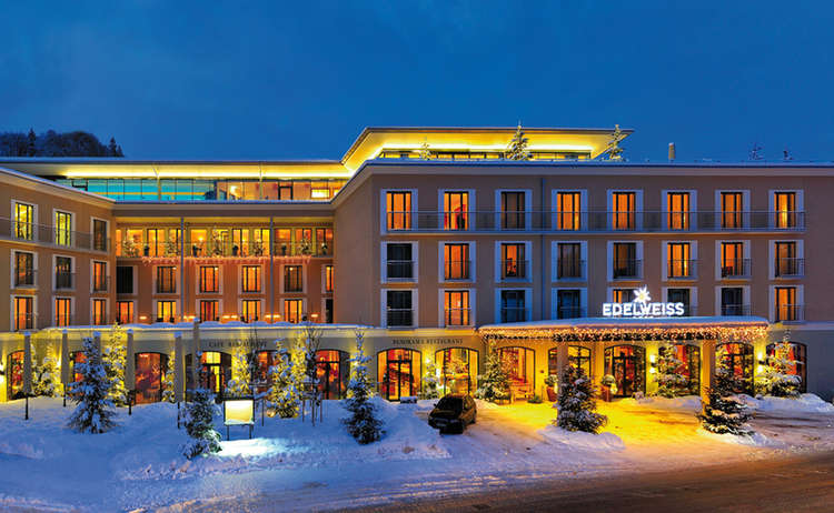 Aussenansicht Hotel Edelweiss Winter Bearbeitet