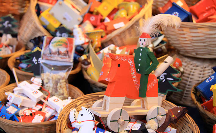 local wood crafts | Christmas Market Berchtesgaden