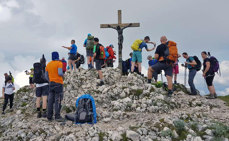 24 Stunden Untersberg extrem Wanderer auf dem Berchtesgadener Hochthron