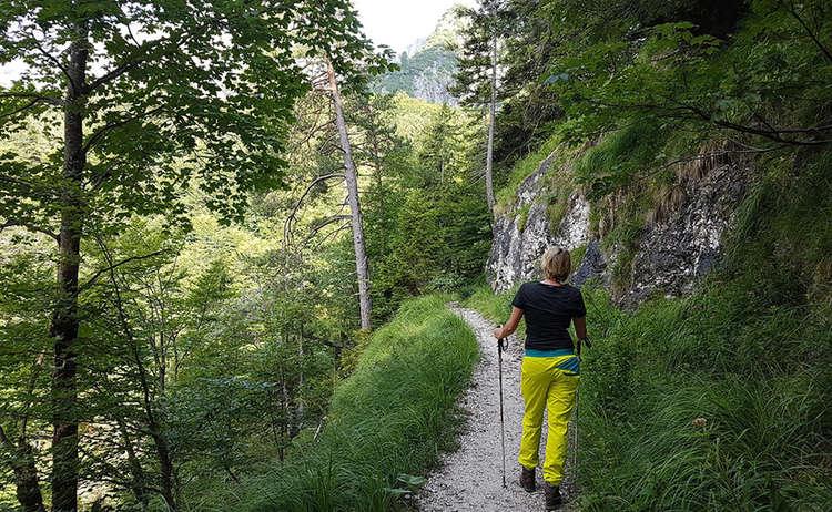 Bergtour Zur Eishoehle Am Untersberg