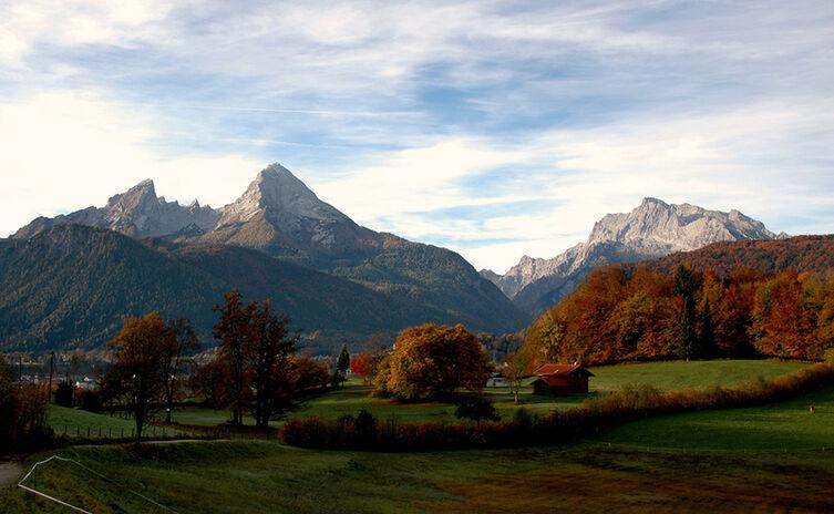 Bischofswiesen Mit Watzmann Im Herbst