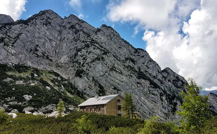 Die Blaueishütte am Hochkalter | Bergsteigerdorf Ramsau