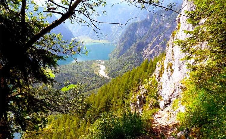 Blick Vom Rinnkendlstig Nach St Bartholomae Am Koenigssee