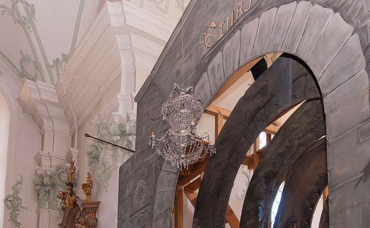 Brauchtum Heiliggrab Ostern Karfreitag Hoeglwoerth Aufbau Lirche