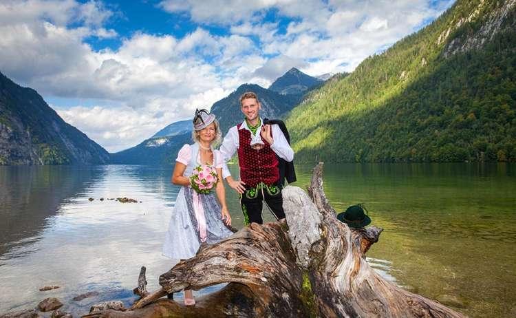 Brautpaar Am Koenigssee