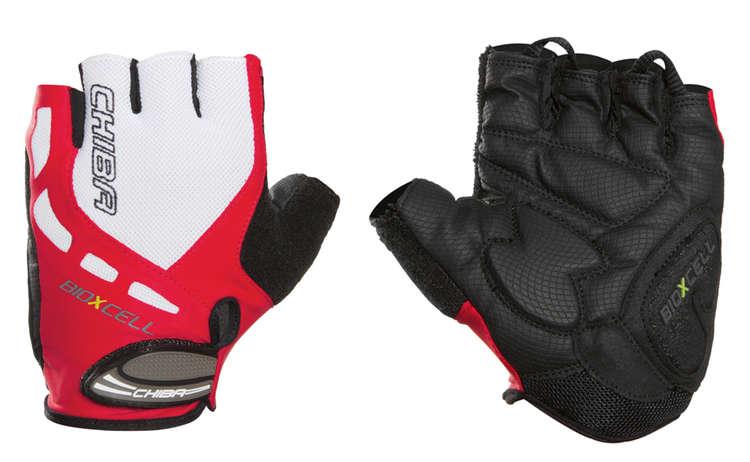 Handschuhe von Chiba