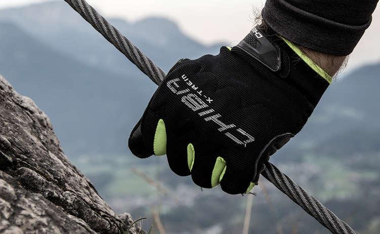 Chiba: der Klettersteig Handschuh aus dem Berchtesgadener Land