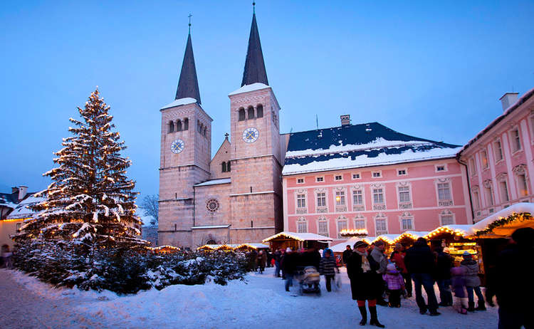 Christkindlmarkt Berchtesgaden Schlossplatz