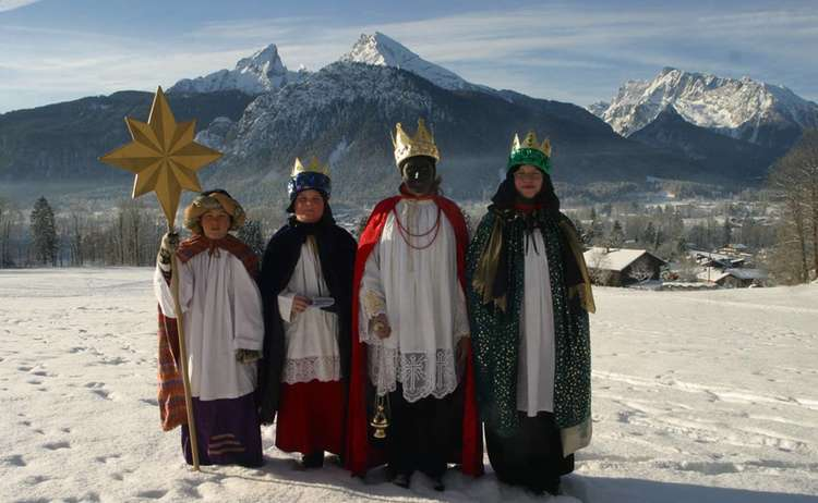 "'incensing' night"" Epiphany in Berchtesgaden"