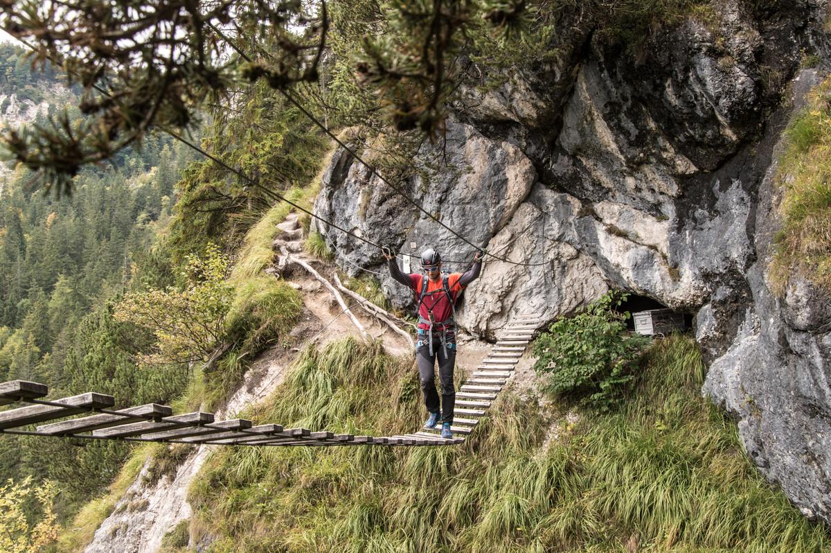 Klettersteig In English : Erste schritte im klettersteig