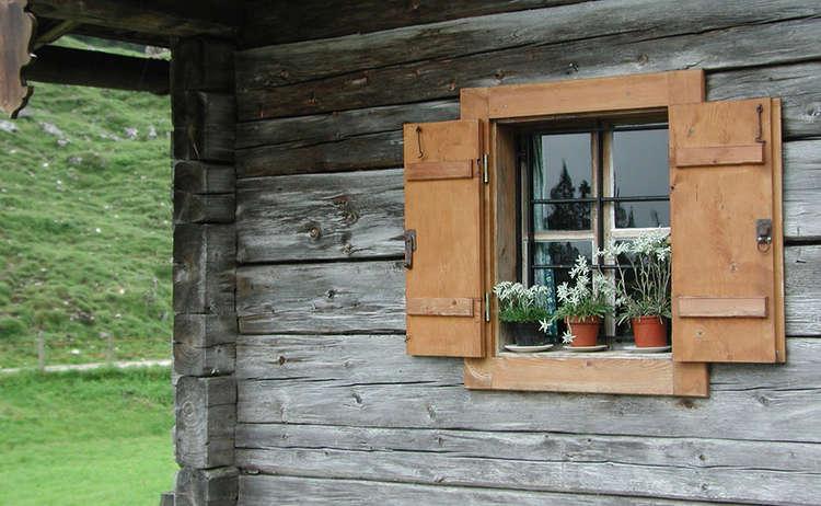 Fenster | Almhütte | Alpenstil