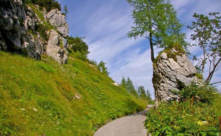 Fussweg Und Radweg Zum Kehlstein