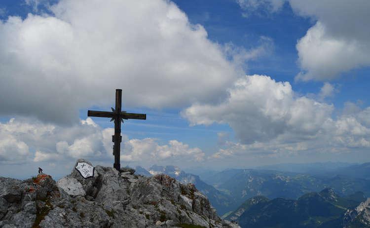 Gipfelkreuz Kammerlinghorn Bergtour