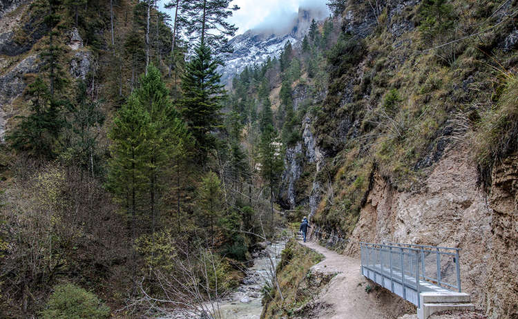 Path through Almbach Gorge