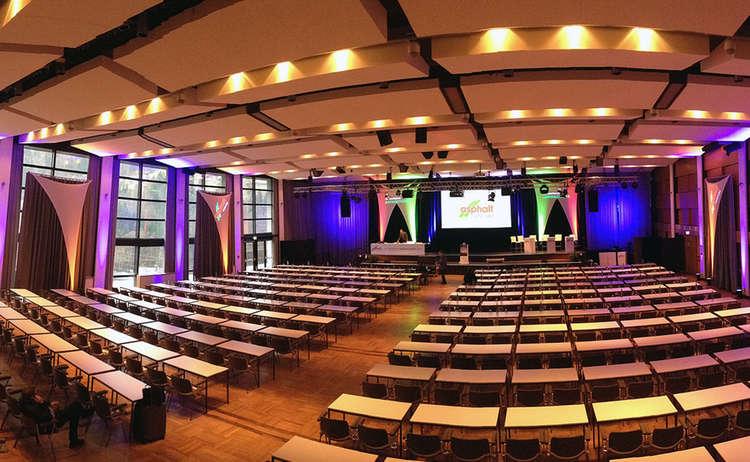 Grosser Saal Kongresshaus Berchtesgaden