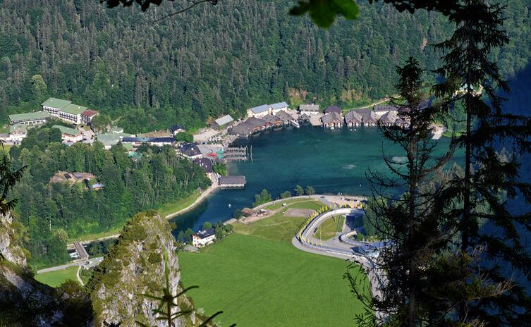 Gruenstein Blick Zum Koenigssee