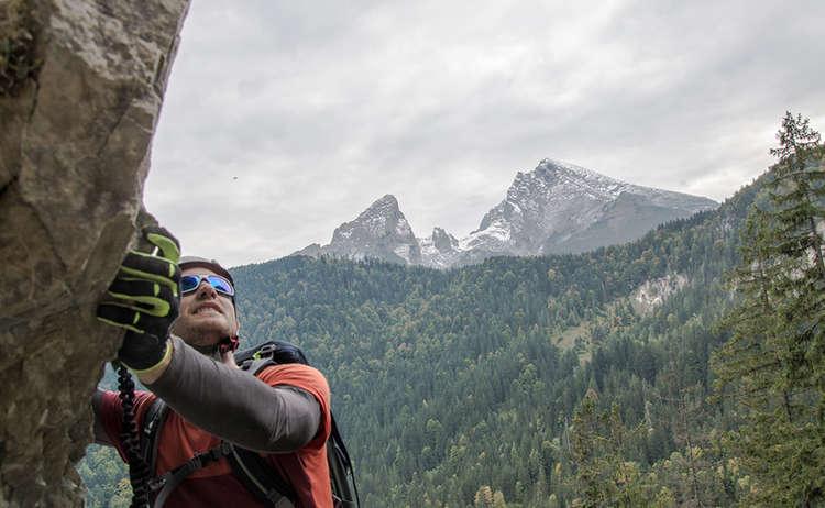 Gruenstein Klettersteig Blick Zum Watzmann