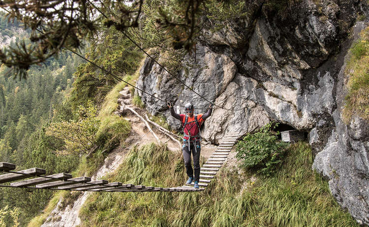 Gruenstein Klettersteig Haengebruecke 1