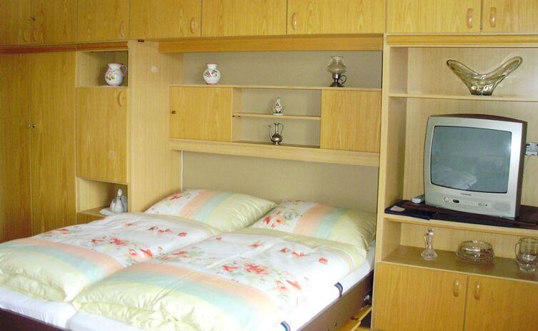 Haus Am Berg Ferienwohnungen Und Appartements 19
