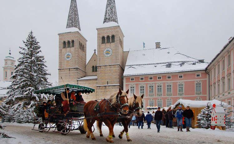 Horse Drawn Carriage Rides Berchtesgaden Christmas Market