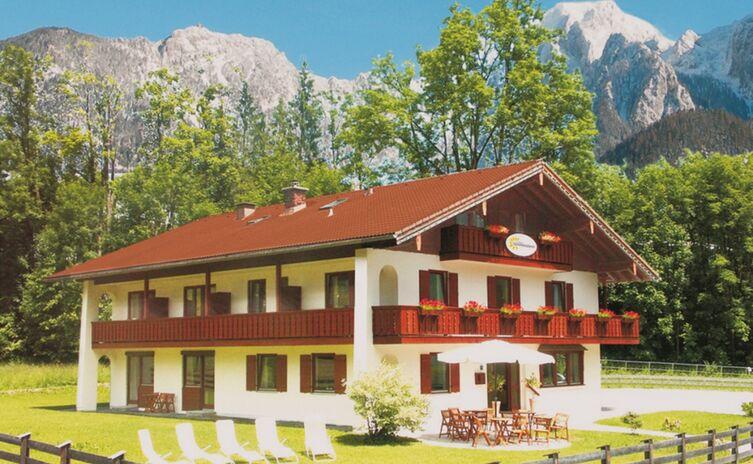Hotel Garni Landhaus Sonnenstern 10