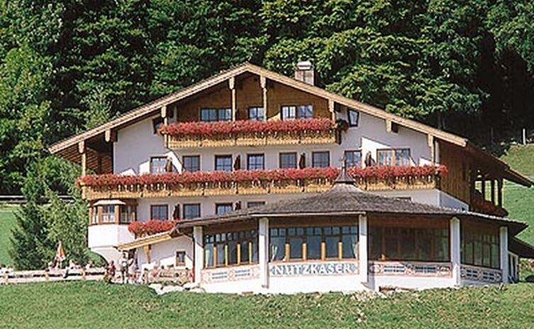 Hotel Gasthof Nutzkaser 14
