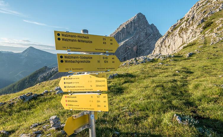 Huettentour Watzmann Wegweiser