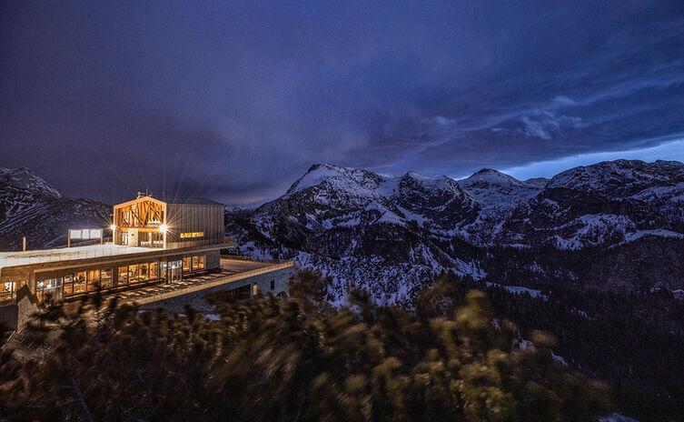 Nacht an der Jenner Bergstation