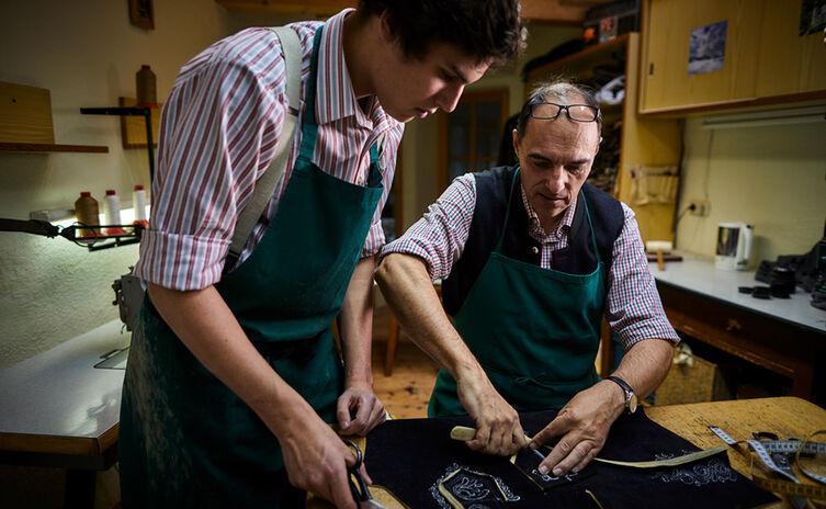 Lederhosenmacher Maxi und Franz Stangassinger