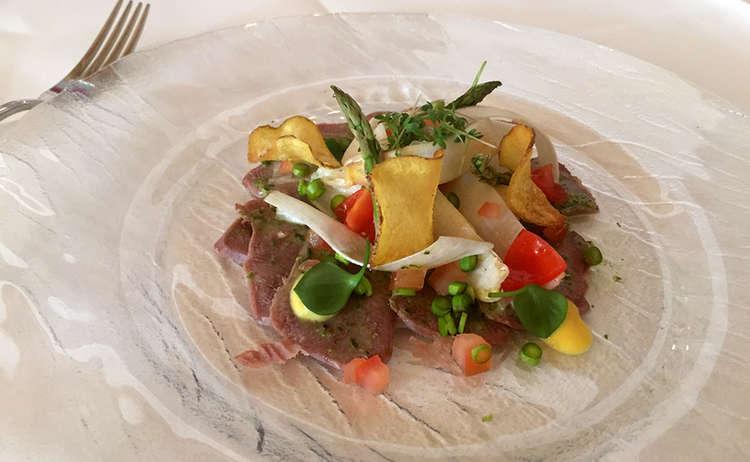 Marinierte Kalbszunge Mit Spargelsalat Und Kartoffelchips
