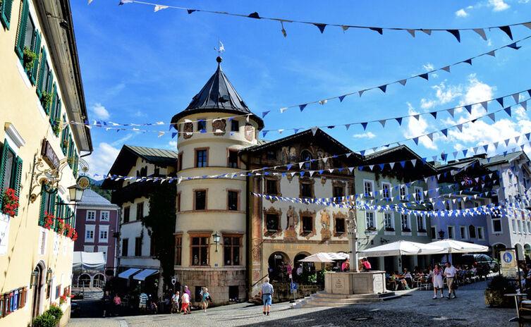 Marktplatz Berchtesgaden Neuhaus Hirschenhaus