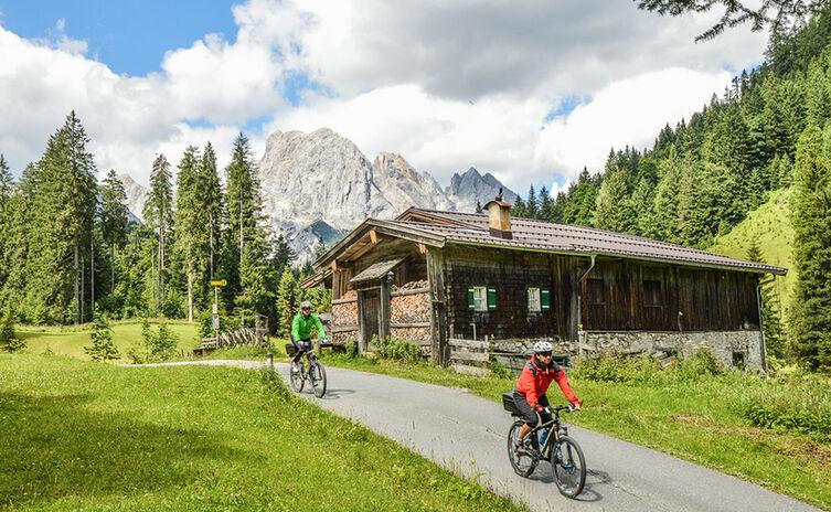 Mountainbiker am Hischbichl | Rund um die Reiter Alm