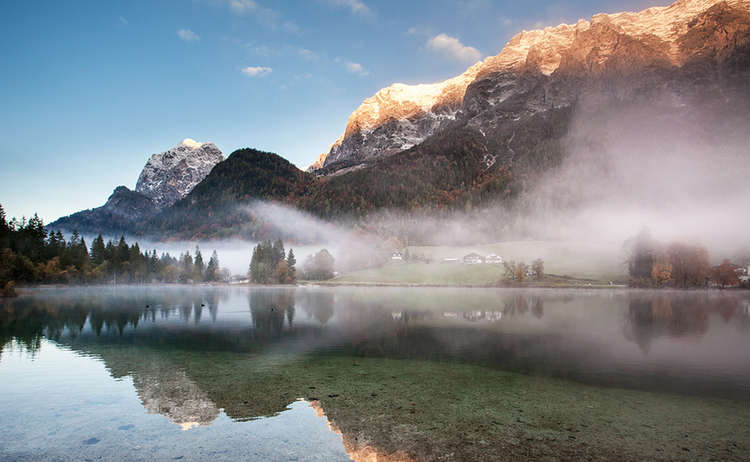 Nebel über dem Hintersee