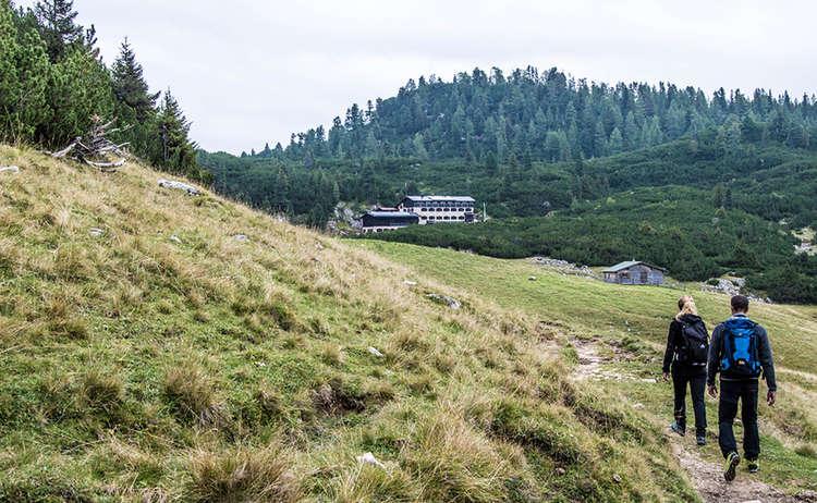 Auf dem Weg zur Neuen Traunsteiner Hütte auf der Reiter Alm