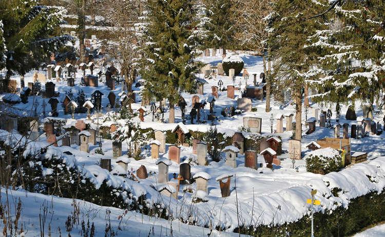 Blick zum neuen Friedhof