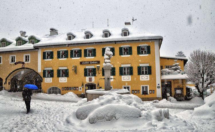 Neuhaus Berchtesgaden Marktbrunnen Winter