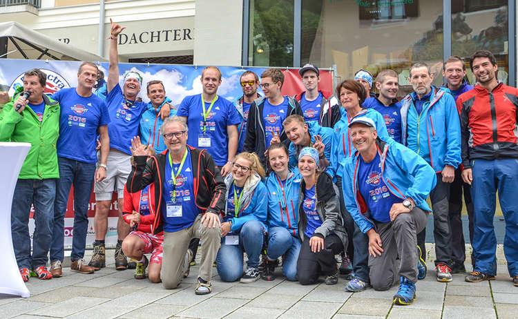 Organisations-Team Grassl EPS und ein Teil der Bergführer