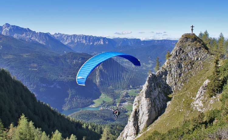 Paragliding Jenner