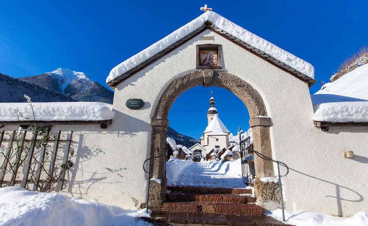 Ramsau Kirche Friedhof Winter