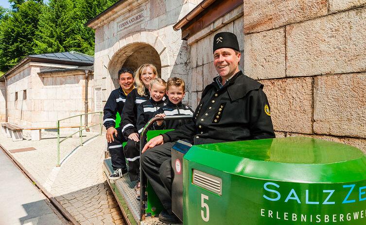 Einfahrt Salzbergwerk Berchtesgaden Salzzeitreise