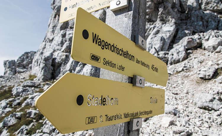 Stadlehorn Mayrberscharte Wegweiser Reiter Alm