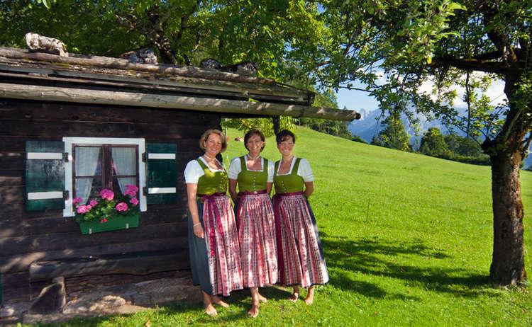 Stoaberg Saengerinnen Aus Berchtesgaden