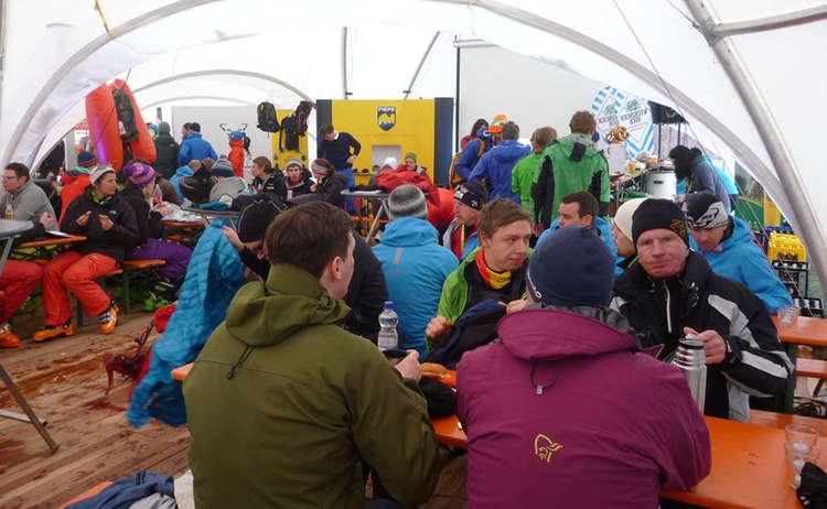 Teilnehmer Im Zelt