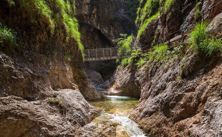Brücke in der Weißbachschlucht