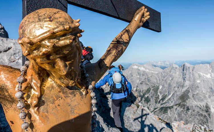 Watzmannueberschreitung Hocheck Gipfelkreuz