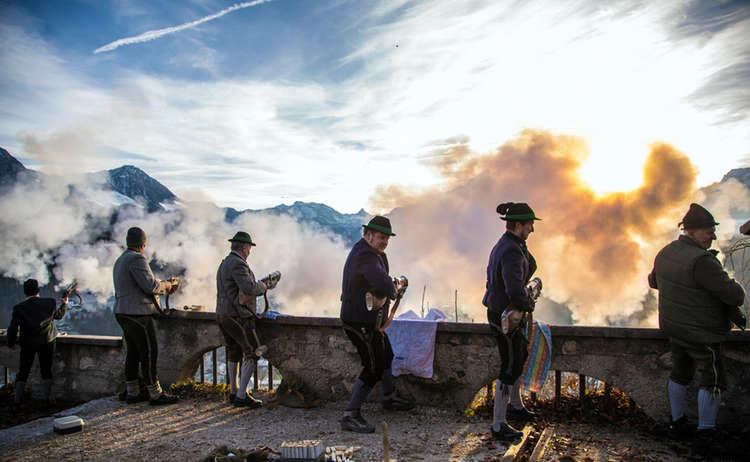 Die Berchtesgadener Weihnachtsschützen am Lockstein © Zwei Abenteuerer