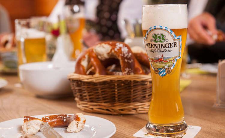 Wieninger Weissbier Brotzeit Bayern