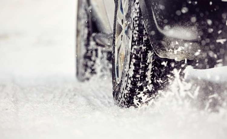 Winterreifen © istock.com | Chalabala